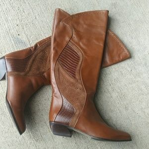 Vaneli Brown Leather Suede Boots